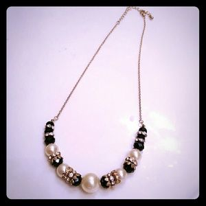 Jewelry - Beautiful Statement Necklace!