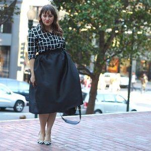 Bow & Drape Dresses & Skirts - Perfect Full Black Midi Skirt