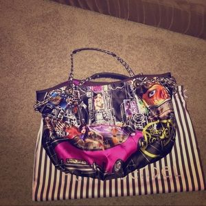 henri bendel Handbags - City girl Henri bendel purse