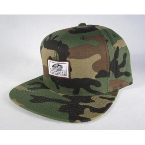 💥Vans Camo SnapBack Hat. M 56a87f99ea99a6c3d700d1b5 1ad282e4bef