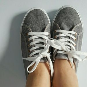 Brand new gray shoes