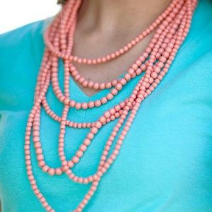 Jewelry - NWOT Coral Stranded Statement Necklace