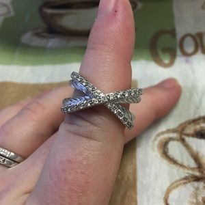 David Yurman crossover diamond ring