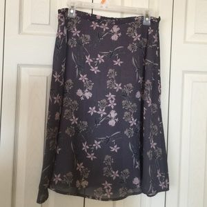 Amanda Smith Dresses & Skirts - skirt gray pink flowers