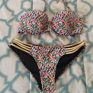 Victoria Secret SUPER cute bikini