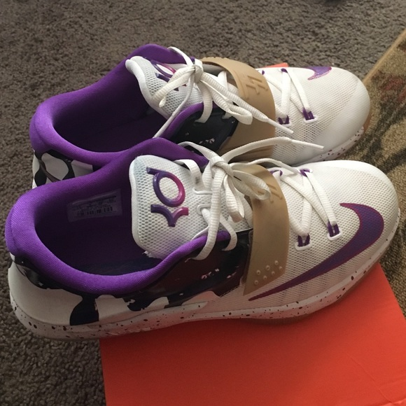 Peanut Butter Jelly KD 7 Size 7 From