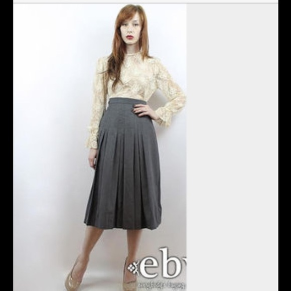 Panther Dresses & Skirts - Vintage 1970's 100% Gray Wool Pleated Skirt