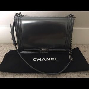 Gorgeous Chanel le boy bag