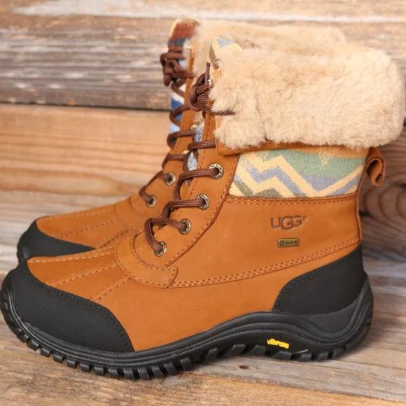 UGG Adirondack Pendleton Snow Boots US 9.5 NEW!