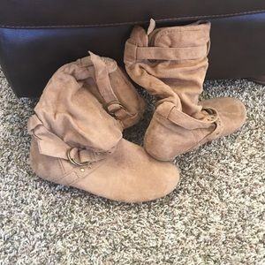 Traffic Shoes - Slouchy tan boots