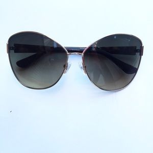 Marciano Accessories - Glamour Girl Marciano Sunglasses!