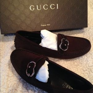 BRAND NEW never worn Authentic Gucci suede loafer