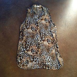 ‼️SALE‼️ Hi-Lo Leopard top!