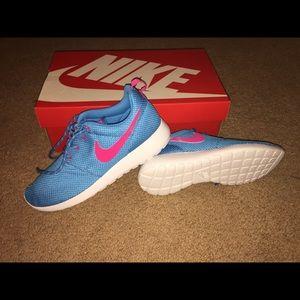 Nike Roshe Runs