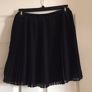 Sheer pleated mini skirt