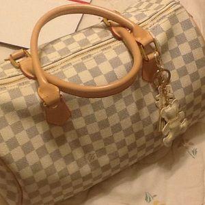 Handbags - For lush fashion