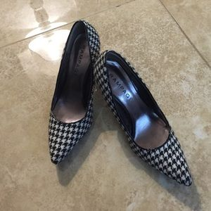Houndstooth Black white pumps shoes pointed toe