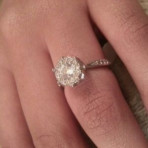 Jewelry - Size 7 sterling silver engagement ring