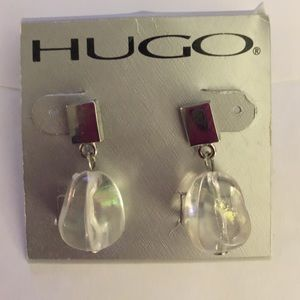 Hugo Jewelry - HUGO💗GORGEOUS💗clear beadS dangly silver