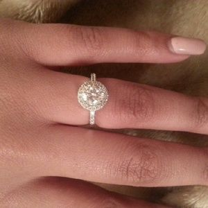 Jewelry - Stunning sterling silver ring 7