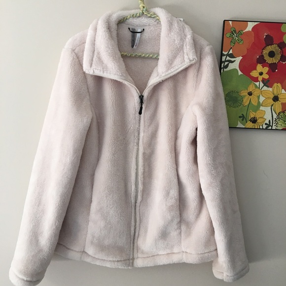 56fcf5b79ce Ideology Jackets   Blazers - Ideology Faux Fur Full Zip Jacket Sweater Large