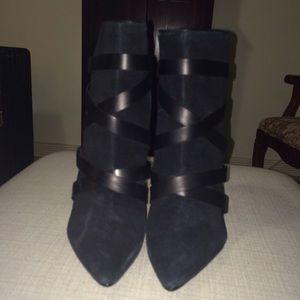 SCHUTZ Shoes - NEW black boots