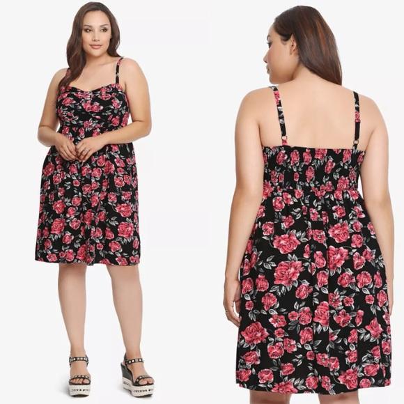 eceb7ddec5c Torrid Floral Bow Front Dress Plus Sizes 1X   2X