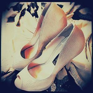 ❤Gorgeous!❤Steven by Steve Madden platform heels