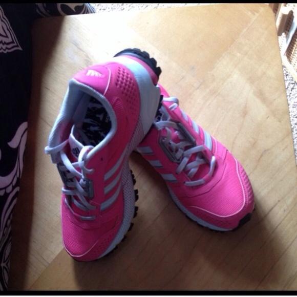 Adidas zapatos tenis poshmark activa para el cáncer