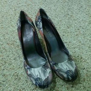 Nine West Shoes - Nine West floral print heels
