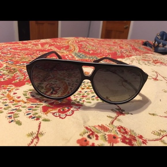 130d682e107f Dolce And Gabbana Number 6