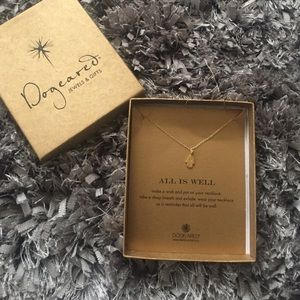 ❗️Beautiful gold hamsa necklace by dogeared!