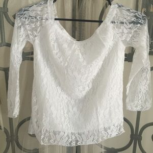 Finejo Tops - NEW...summer long sleeve lace top... Size large