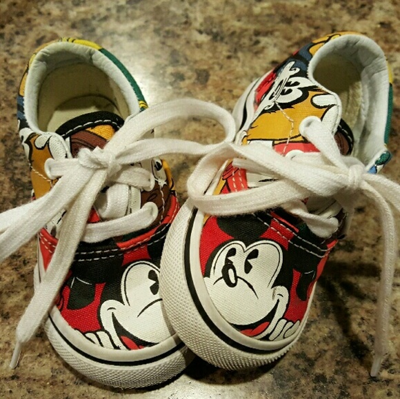 64abf6ace9 Toddler mickey mouse vans. M 56abdb7f291a356fa4001f0d