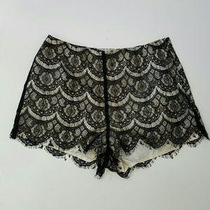 Scalloped hem black lace shorts Small 4 lingerie