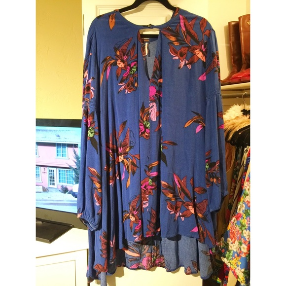 92a897399f5 Free People Tops - free people electric orchid print swing tunic