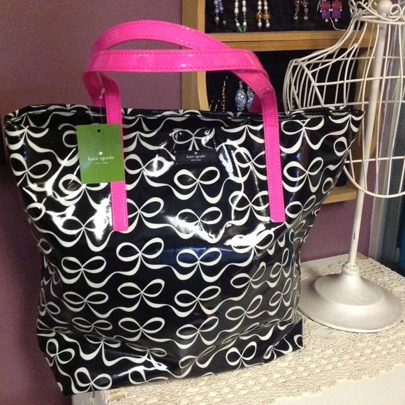 Large Kate Spade bow tote shopper. New with tags! f16c09e14bdea