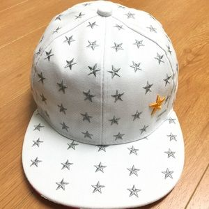 Star Embroidered Flat Bill Snap Back Cap