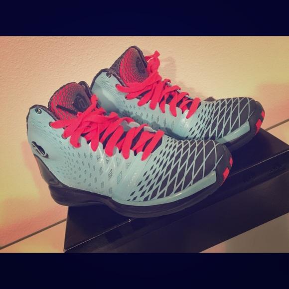 adidas schuhe d rose 35 basketball - größe 7 männer und 85w poshmark