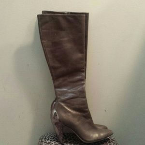 Report Signature Shoes - Report Signature taupe leather metal heel boots 7.