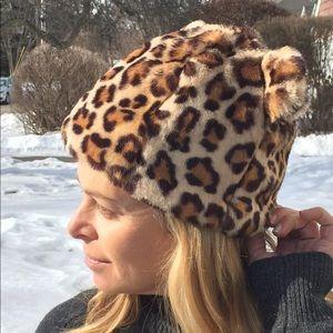 Zara kitten ear leopard hat