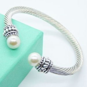 NWT Silver Pearl Cable Bracelet