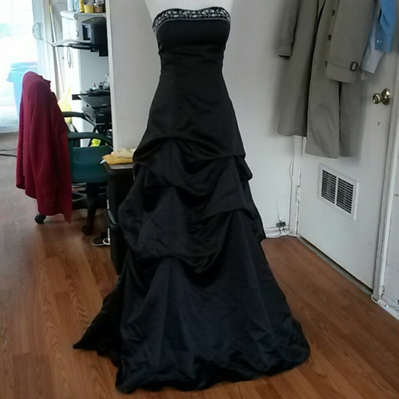 Forever Yours Dresses Prom Black Gown Official Final Price Poshmark