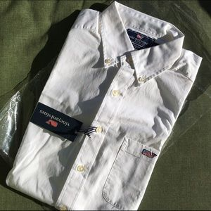 Vineyard Vines Shirts - 🚫SOLD Vineyard Vines Men's Slim Fit Tucker Button