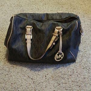 64d17b675478f0 Michael Kors Bags - Michael Kors Speedy Handbag