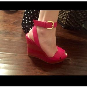 Missoni Shoes - BRAND NEW 🌟 Missoni Pink Wedges $550