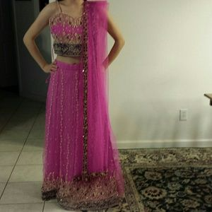 Dresses & Skirts - Indian 4 piece skirt set sz S