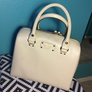 Kate spade New York alessa wellesley purse