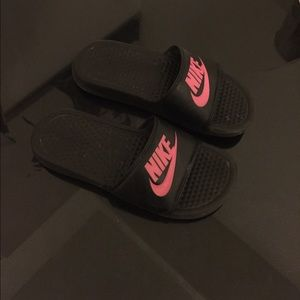 Nike Shoes | Benassi Just Do It