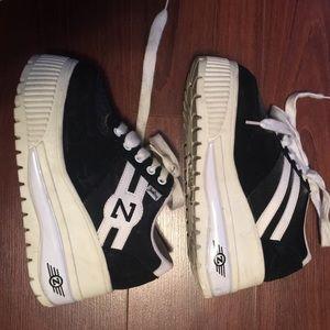 6f4b2aab112b UNIF Shoes - ⚡️Flash Sale⚡️90 s Vintage Zodiac Platform Sneaker